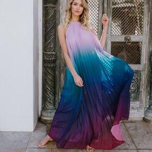 Dresses & Skirts - Ombré Pleated Dress